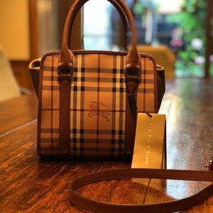 New Burberry purse